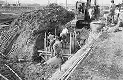 当時のコンクリート打設風景(昭和43年10月)